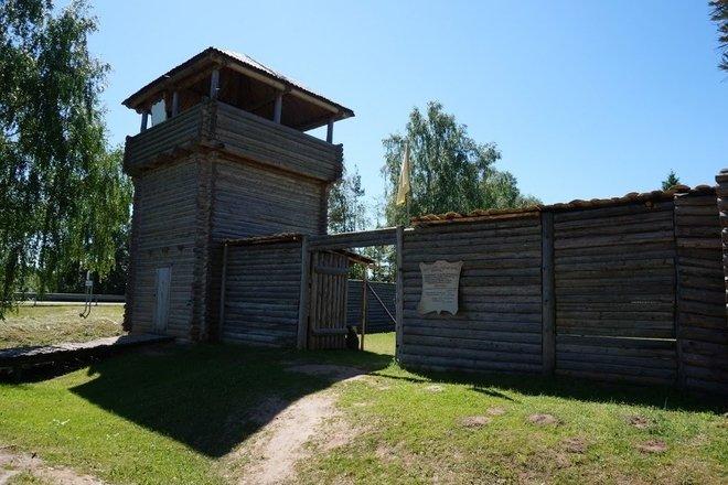 Šeimyniškėlių (Vorutos) piliakalnis